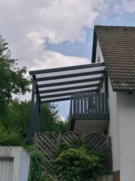 Balkonuberdachungen Mit Doppelstegplatten Oder Mit Wellplatten