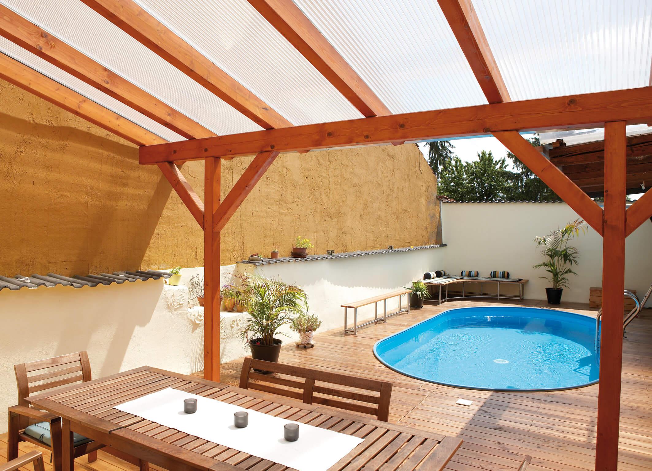 welche vorteile bietet ihnen eine terrassen berdachung v rde kunststoffe. Black Bedroom Furniture Sets. Home Design Ideas