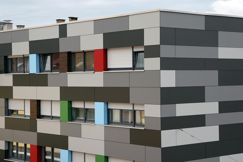 Fassadenverkleidung Mit Hochwertigen Hpl Platten Verkleiden